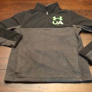 Under Armour youth large pullover 1/4 zip